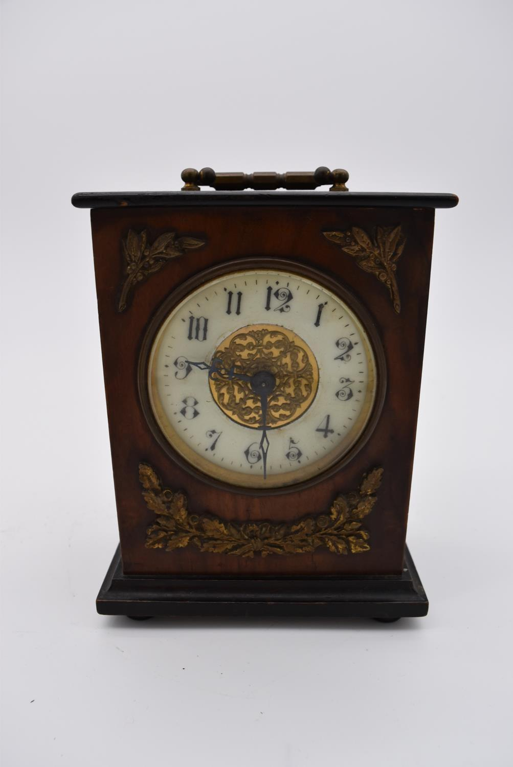A brass cased carriage clock with engraved brass front with scrolling design and white enamel dial - Image 6 of 8