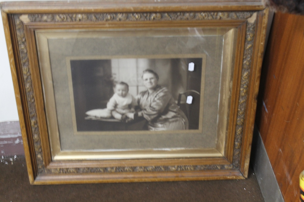 Lot 32 - A FRAMED PORTRAIT BY HORACE DUDLEY