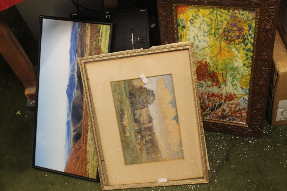 Lot 40 - A QUANTITY OF ASSORTED PICTURES AND PRINTS
