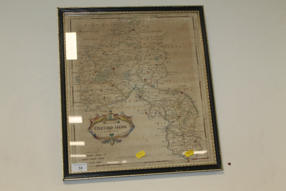 Lot 34 - A ROBERT MORDEN (SWALE AND CHURCHILL) MAP OF OXFORDSHIRE, in Hogarth frame