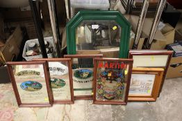 A SELECTION OF MIRRORS AND FRAMES TO INCLUDE ADVERTISING EXAMPLES, INCLUDING SOUTHERN COMFORT AND