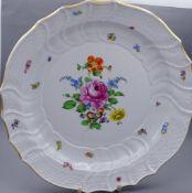 """Große Schale Stadt Meissen,Ernst Teichert 1909-1929,florales Dekor,d-31cm,Goldrand beriebe"""""""""""""""""""