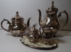 4 tg. Kaffee-Teeset, Thomas-Porzellan mit 1000-er Feinsilberauflage, anbei kl. versilb. Tablett