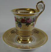 Empire Tasse mit U.T.um 1820, Rosendekor mit Goldstaffage, Innenvergoldung berieben, ansonsten gut