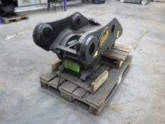 GEITH HYDRAULIC Q-HITCH TO FIT 100MM PINS TO FIT DOOSAN DX340 (YEAR 2014)