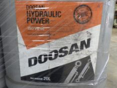 DOOSAN ISO VG 46 HYDRAULIC OIL 20L SYNTHETIC BASED, 20 L CONTAINERS (31 OF)