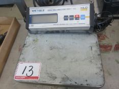 "KILO KPS 150-2, 150LB, KG X 100G DIGITAL 12"" X 12"" SCALE"