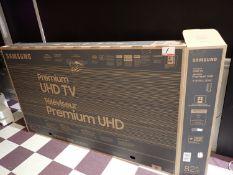 "2020 SAMSUNG UN82RU8000FXZC LED 82"" 4K UHD SMART TV W/ REMOTE & BOX - S/N 08AN3CAN100496V"