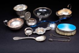 A quantity of miscellaneous English, Continental and other silver, to include a sauce boat, snuff