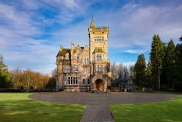 A 3 night stay in a Luxury Scottish Castle Apartment 1 hour from Glasgow & Edinburgh (2 beds/