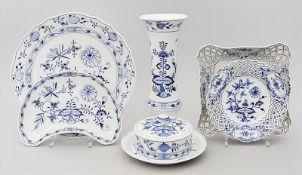 Sechs Teile Porzellan, Meissen: