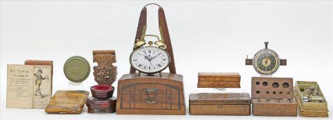 Posten Raritäten.Dabei Wecker, Miniaturschatulle,Gewichte, Nussknacker sowie div. Holzdosen. Alters-