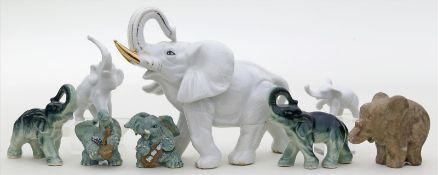8 div. Elefantenskulpturen.Verschiedene Ausführungen und Materialien. 1x rep. 20. Jh. H. 4,5 bis