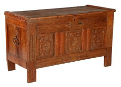 Antique oak blanket chest with bombarded panel, approx. 1650, 696 cm high, 112 cm wide, 49 cm deep