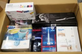 Mixed lot - 34 items - Brands include Polaroid & Veet RRP £2993.76