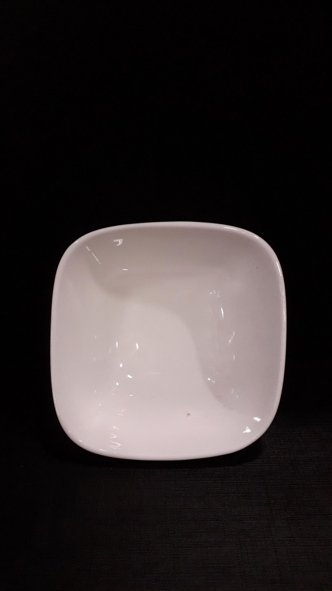 Lot 22 - 250 SQUARE DESSERT BOWLS Approximate RRP £212.50