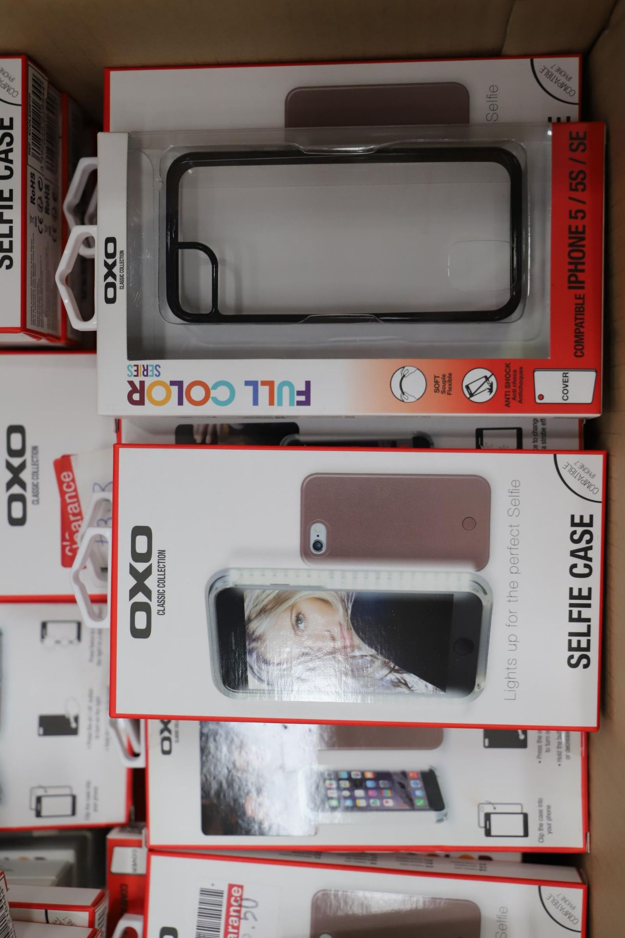 Lot 12 - *No Reserve* Mixed Lot 121 items - Iphone Accessories. RRP £2025.27
