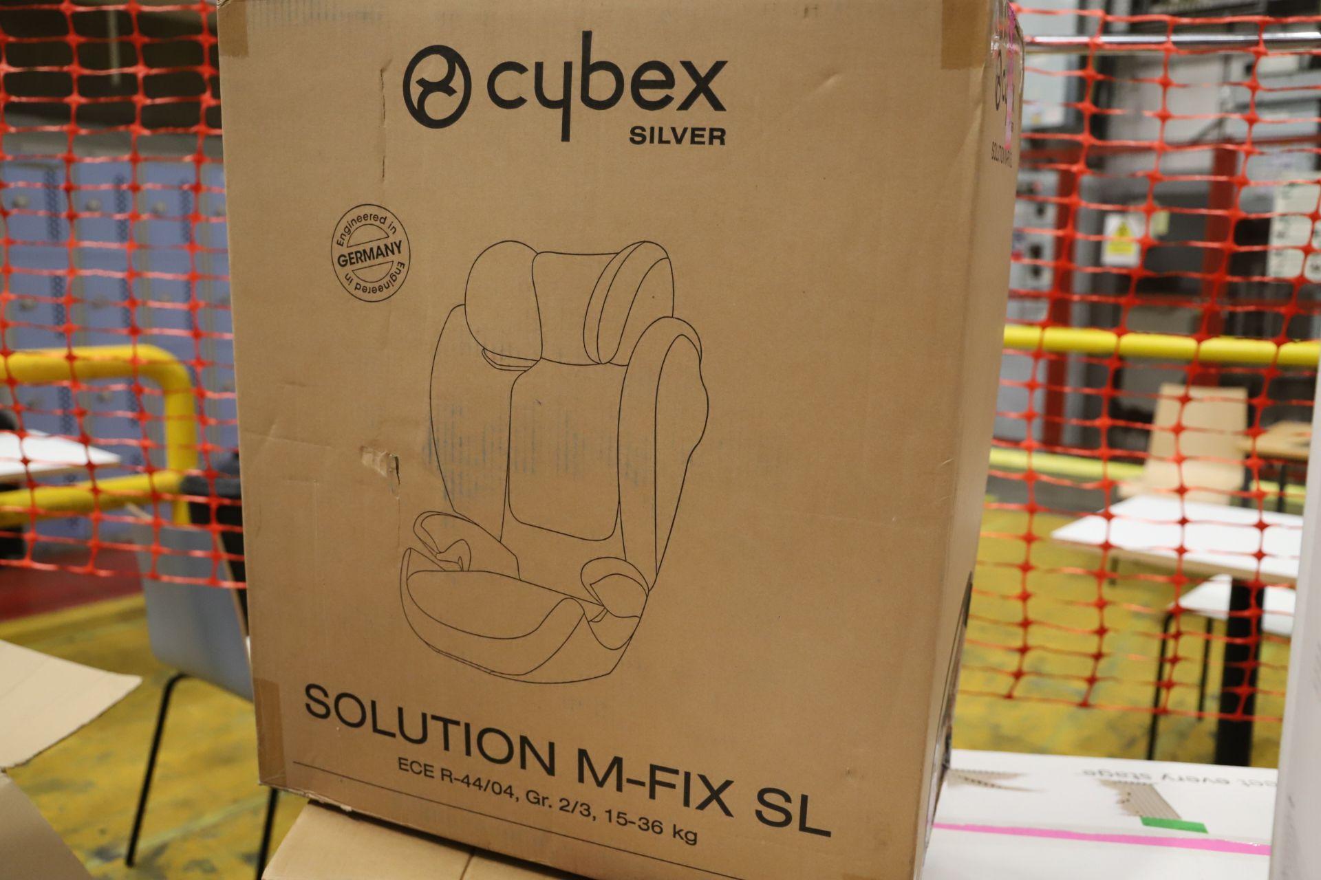 Lot 3 - *No Reserve* Mixed Lot 6 items - Brands include Cybex & Britax, RRP £628.99