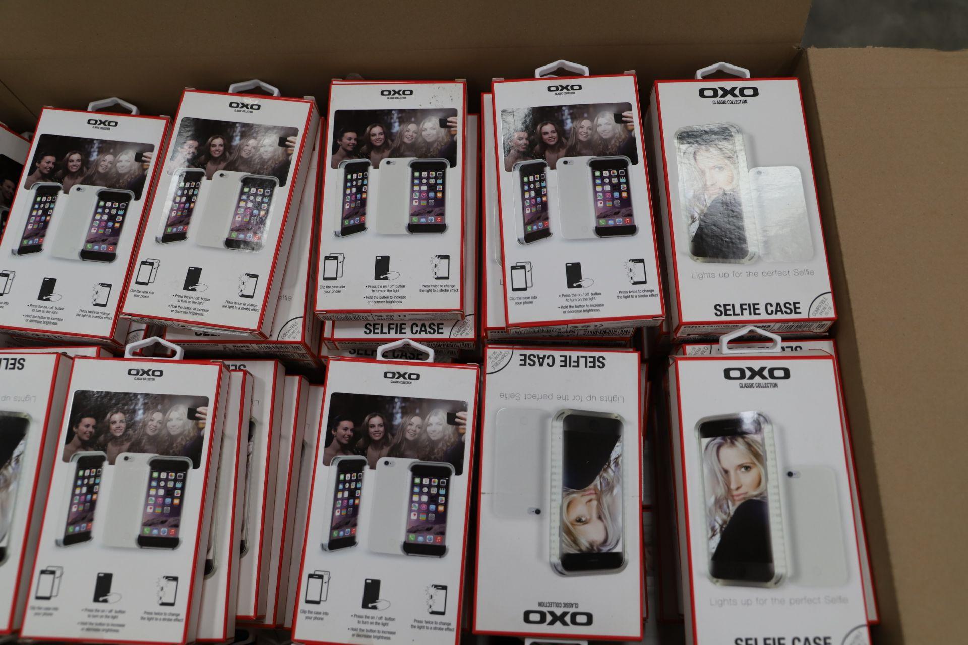 Lot 14 - *No Reserve* 184 LEDlightup selfie case for Iphone, RRP £2760.00