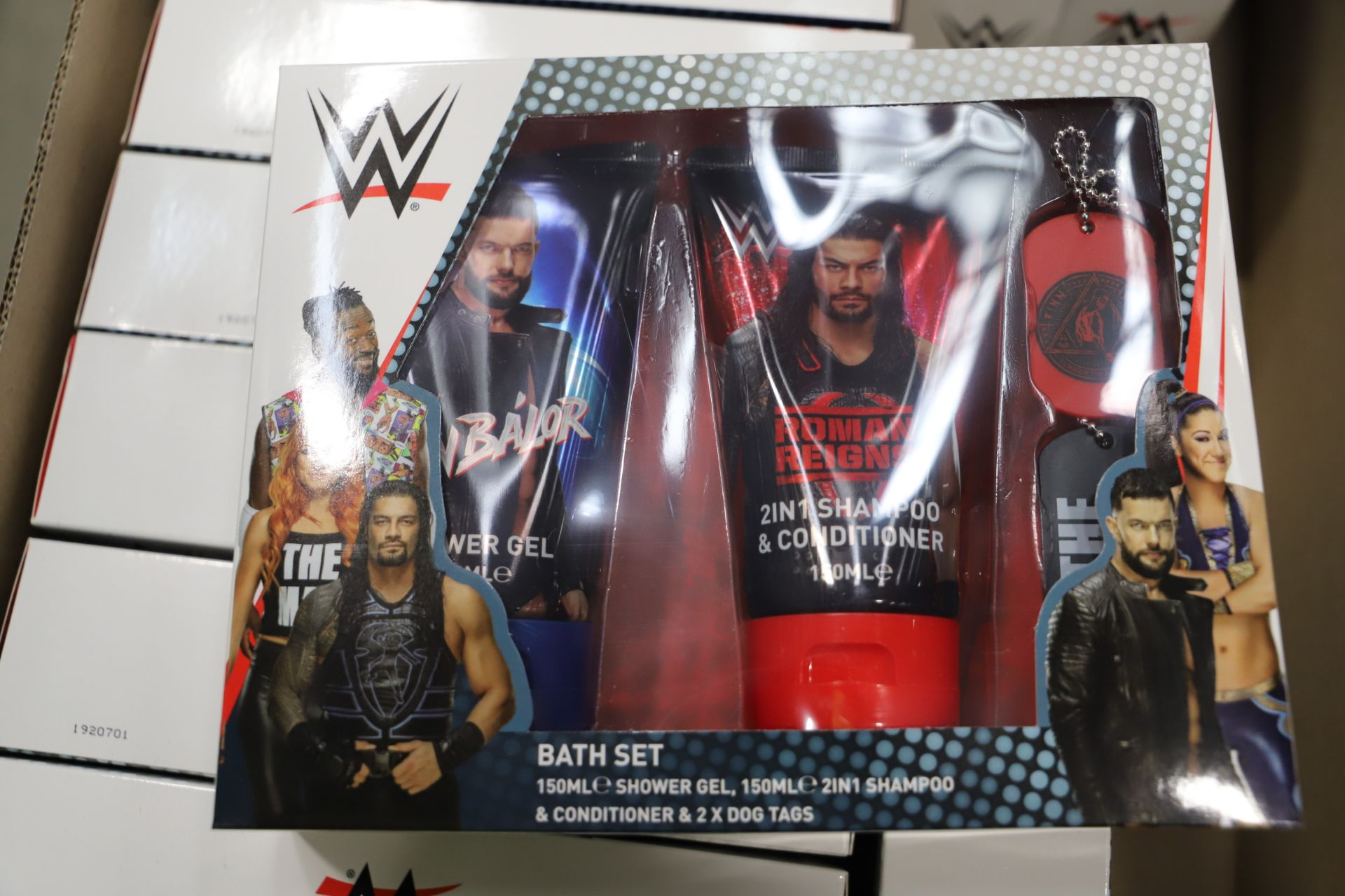 Lot 8 - *No Reserve* Mixed Lot 127 items - Brands include WWE & Bababing!. RRP £1521.00