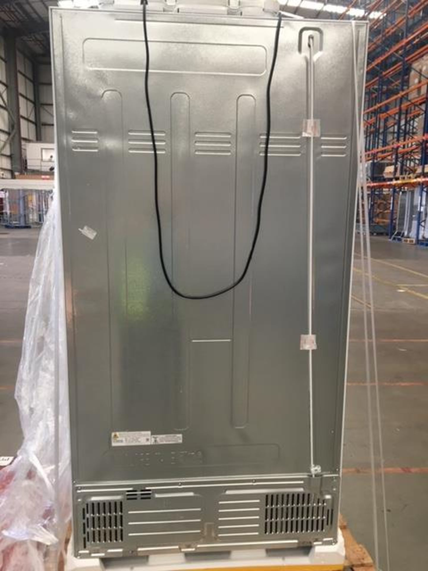 Pallet of 1 Samsung Water & Ice Fridge freezer. Latest selling price £999.99* - Image 8 of 8