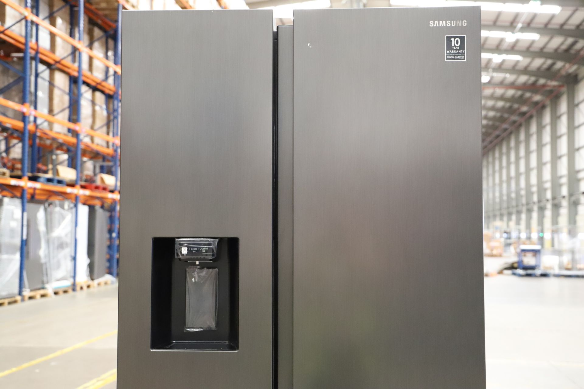 Pallet of 1 Samsung Water & Ice Fridge freezer. Latest selling price £1,799.99 - Image 5 of 10