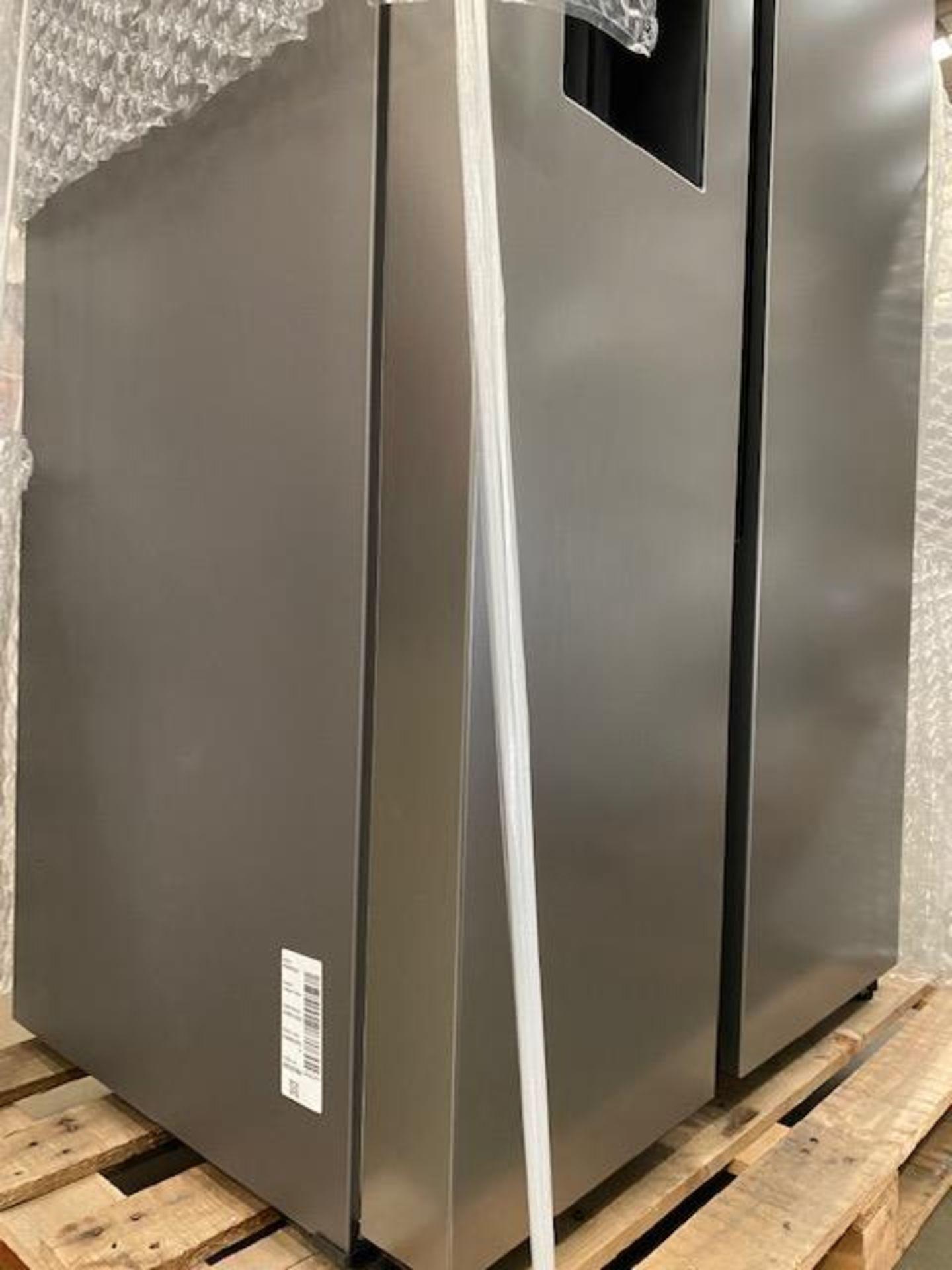 Pallet of 1 Samsung Water & Ice Fridge freezer. Latest selling price £1,329.99* - Image 8 of 9