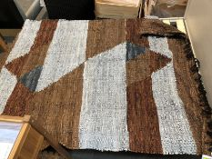 1 BESPOKE DESIGNER SUEDE RUG IN GREY/BROWN (PUBLIC VIEWING AVAILABLE)
