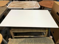 1 BESPOKE DESIGNER WOODEN DINING TABLE IN WHITE/GREY (PUBLIC VIEWING AVAILABLE)