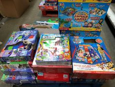 1 LOT TO CONTAIN AN ASSORTMENT OF KIDS TOYS TO INCLUDE PAW PATROL AND PJ MASKS PUBLIC VIEWING