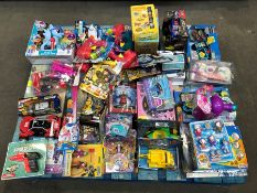 1 LOT TO CONTAIN CONTENT OF PALLET INCLUDING MIXED TOYS PUBLIC VIEWING AVAILABLE & HIGHLY