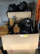 1 LOT TO CONTAIN 2 BOXES OF HALLOWEEN PUMPKINS AND WITCHES BROOMS PUBLIC VIEWING AVAILABLE &