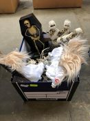 1 LOT TO CONTAIN AN ASSORTMENT OF MIXED HALLOWEEN SCARY MIXED TOYS TO INCLUDE TERRIFYING ANIMATED