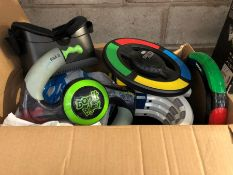 1 LOT TO CONTAIN AN ASSORTMENT OF KIDS ELECTRICAL TOYS (SOLD AS SEEN)