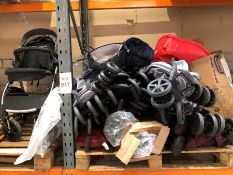 1 LOT TO CONTAIN AN ASSORTMENT OF PRAMS AND BOOGIES / BRANDS INCLUDE CUGGL / SIZES, COLOURS,