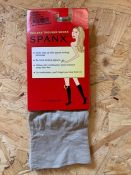 AS NEW 20 x PAIRS OF SPANX TOPLESS TROUSER SOCKS IN CHINO FLAT. EACH PACK RETAILS AT £15. COMBINED