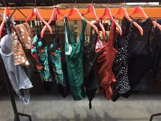1 LOT TO CONTAIN 25 ASSORTED LADIES SWIM COSTUMES IN VARIOUS SIZES AND COLOURS // PLEASE NOTE THAT