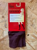AS NEW 20 x PAIRS OF SPANX TOPLESS TROUSER SOCKS IN BURGUNDY. EACH PACK RETAILS AT £15. COMBINED RRP