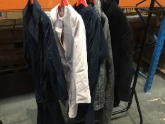 1 LOT TO CONTAIN 5 ASSORTED LADIES COATS IN VARIOUS SIZES AND COLOURS // PLEASE NOTE THAT THE