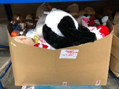 1 LOT TO CONTAIN 1 PALLET SIZED BOX OF VARIOUS PLUSH AND SOFT TOYS AND TEDDY BEARS ETC