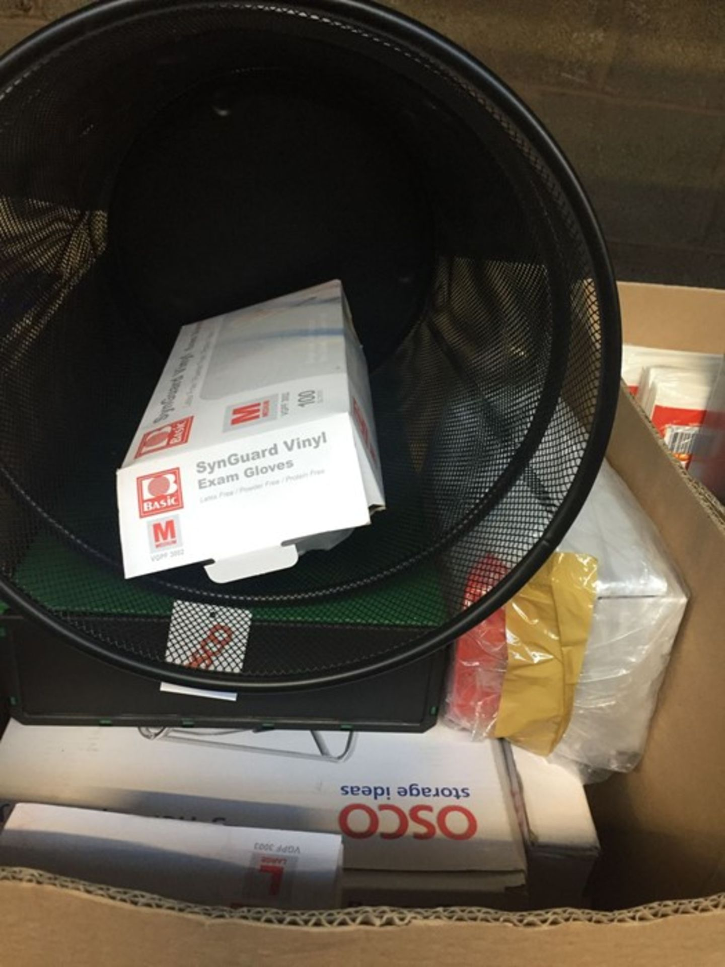 Lot 62 - 1 LOT TO CONTAIN BOX FILES , 1 X PLASTIC STRAPPING SEALER , 1 X METAL MESH BIN BLACK AND EXAMINATION