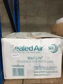 1 LOT TO CONTAIN 100 X SEALED AIR BUBBLE PACKAGING ENVELOPES - BOXED