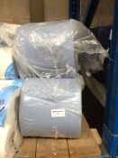 1 LOT TO CONTAIN 1 X PACK OF 5 LARGE BLUE HAND TOWEL ROLLS - BAGGED
