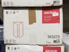 1 LOT TO CONTAIN KATRIN CLASSIC HAND TOWEL C- FOLD 2 PLY 18 X 125 SHEETS - BOXED