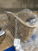 1 LOT TO CONTAIN 1 LA REDOUTE NATURAL BASKET
