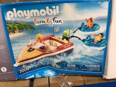 1 LOT TO CONTAIN PLAYMOBIL FAMILY FUN SPEEDBOAT WITH TUBE RIDERS