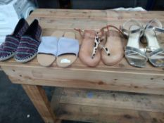 1 LOT TO CONTAIN 4 PAIRS OF SHOES, LA REDOUTE GOLD HEELS WOMENS SIZE 3.5, LES TROPEZIENNES WOMENS