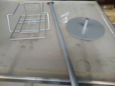 1 LOT TO CONTAIN 1 'TWIN AGENDA' SILVER METAL FLOOR STAND