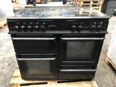 1 LOT TO CONTAIN AN UNTESTED LEISURE RANGE COOKER / RRP £1000.00 / ITEM HAS BEEN HEAVILY USED, TOP