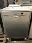 1 LOT TO CONTAIN AN UNTESTED INDESIT DFG26B1SUK DISHWASHER / RRP £249.00 / LIGHTLY USED. BOTTOM